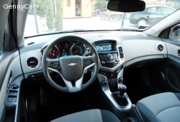 YEAR 2010 CHEVROLET CRUZE  2.0 LT